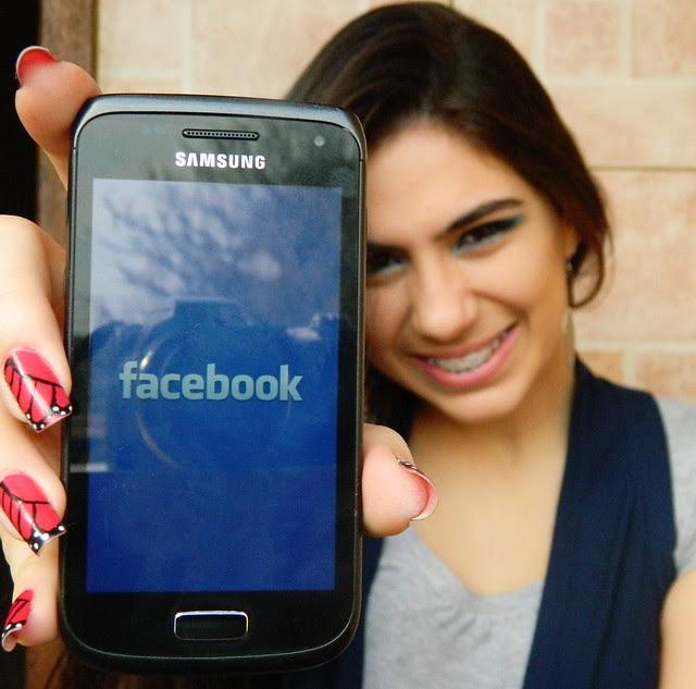 juliana leite make up facebook azul com delineado duplo 083