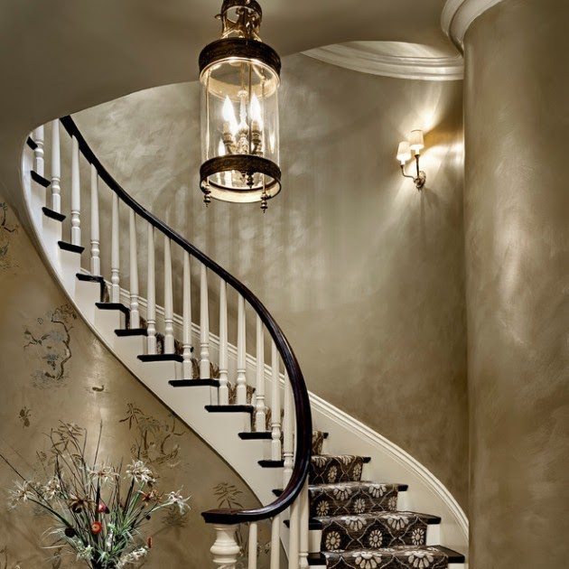 16 Elegant Traditional Staircase Designs That Will Amaze
