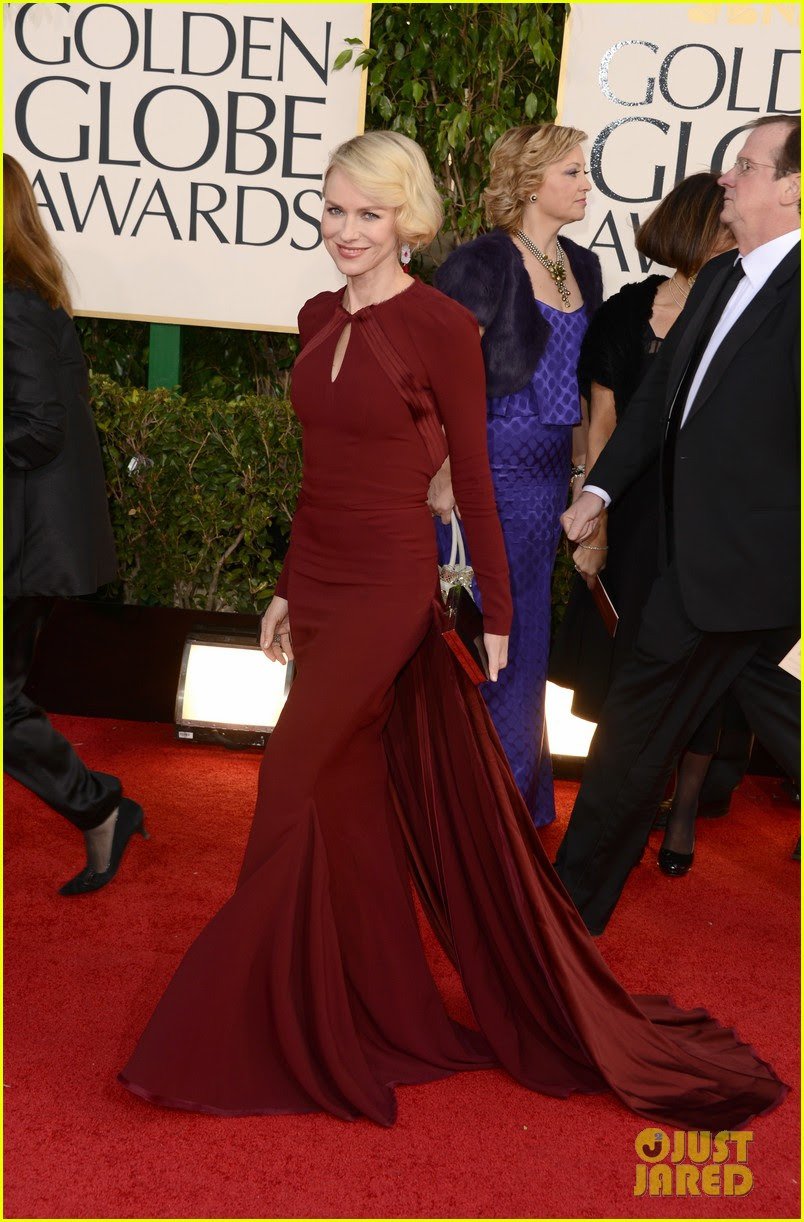 naomi watts liev schreiber golden globes 2013 red carpet 01