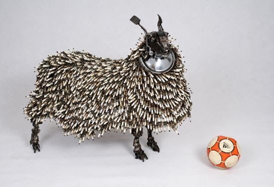 http://www.mydizayn.org/wp-content/uploads/2009/08/james-corbett-car-parts-sculpture-5.jpg