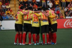 Herediano deja en el camino a los morados y pasa a la final. (Foto: Facebook Club Sport Herediano)