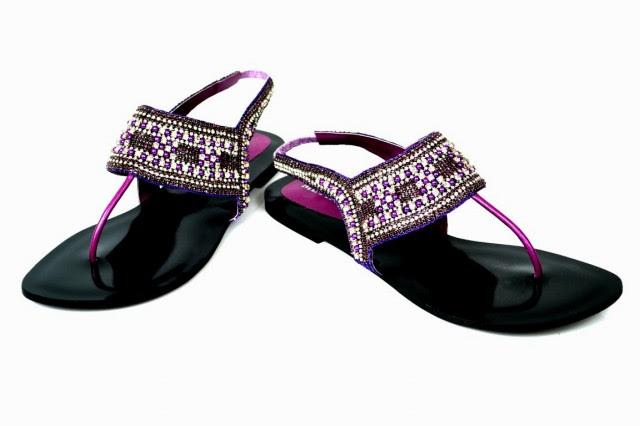 Girls-Womens-Beautiful-Fancy-Flat-Shoes-Eid-Footwear-Collection-2013-by-Metro-Shoes-5