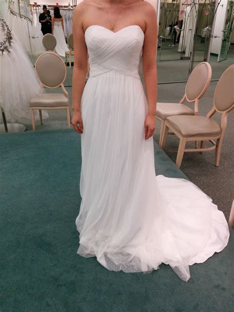 Help Me Pick The Dress!!