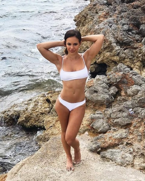 Charly Caruso Nude Pics (@Tumblr) | Top 12 Hottest