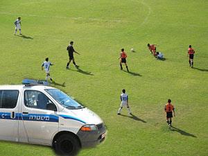 футбол, полиция