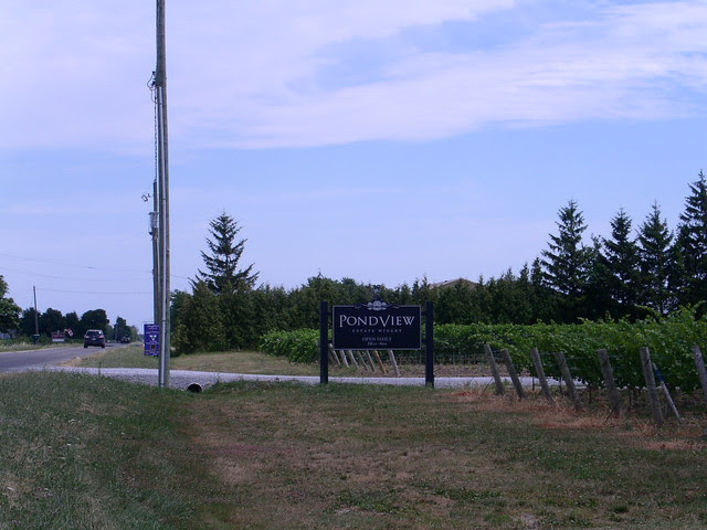 PondView Estate Winery - Jully 2011 -  NiagaraWatch.com