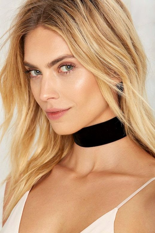 Le Fashion Blog Blonde Short Hair Under 20 Budget Friendly Black Velvet Choker White Cami Top Via Nastygal