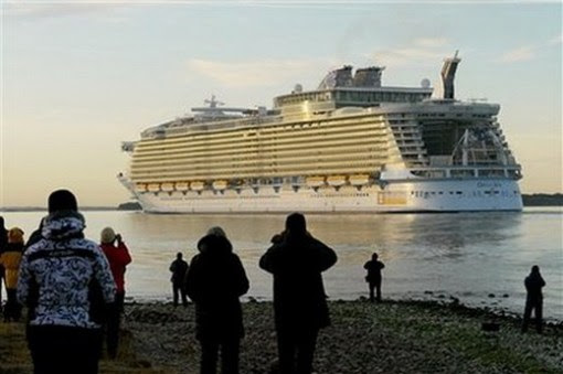 Worlds Largest Cruise Ship