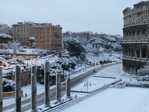 P1120570 - Colosseo2_mattina_4.02.2012_vincenzo