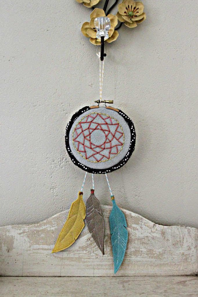 Embroidery Hoop Dreamcatcher!