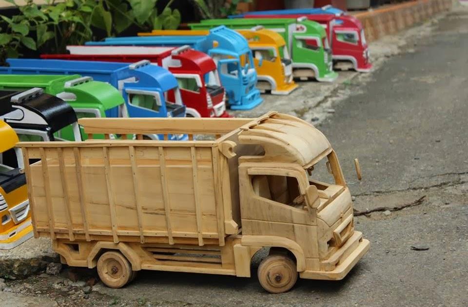 44 Konsep Penting Gambar Mobil Truk Mainan Dari Kayu