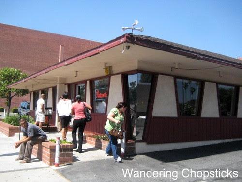 Roscoe's House of Chicken and Waffles - Pasadena 2