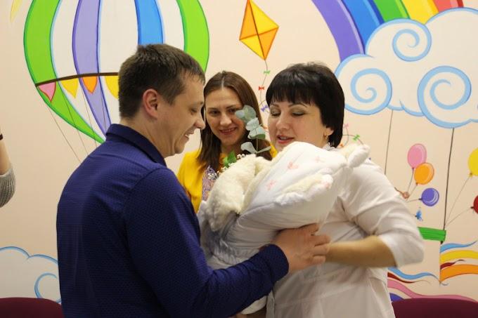 В новогодние праздники в Югре родились 418 малышей
