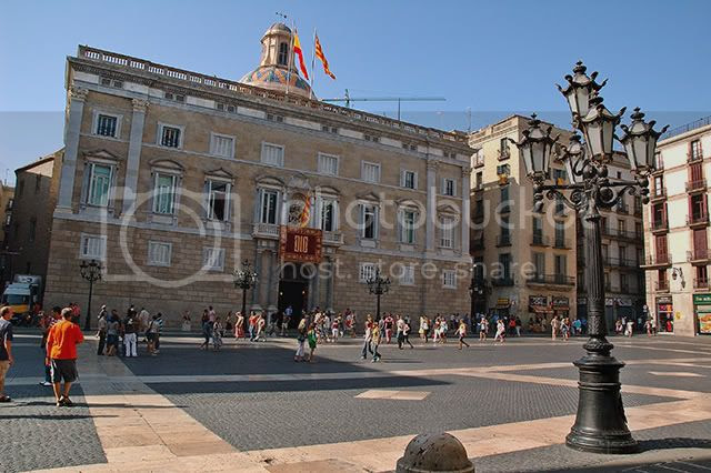 Sant Jaume Square: View of Palau de la Generalitat in Barcelona, Spain [enlarge]