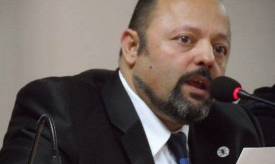 Συνελήφθη ο Αρτέμης Σώρρας-Ήταν μεταμφιεσμένος σε ιερέα