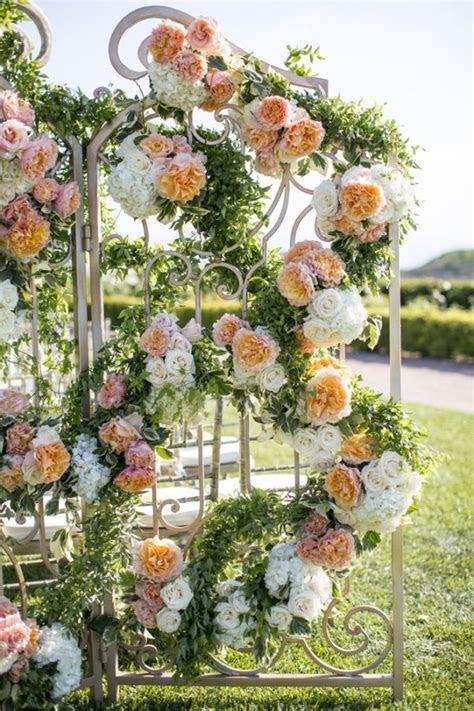 Over the top wedding flowers   It Girl Weddings