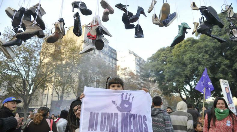 En la manifestación más extrema de la violencia de género, que es el asesinato, Argentina registró durante el último año 257 feminicidios, en su mayoría de mujeres que murieron a manos de sus parejas o exparejas.