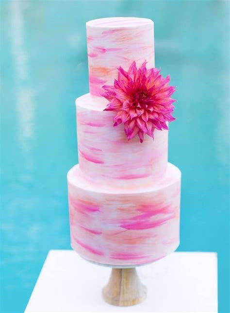 26 Beach Wedding Cakes That Will Wow Your Guests: Check