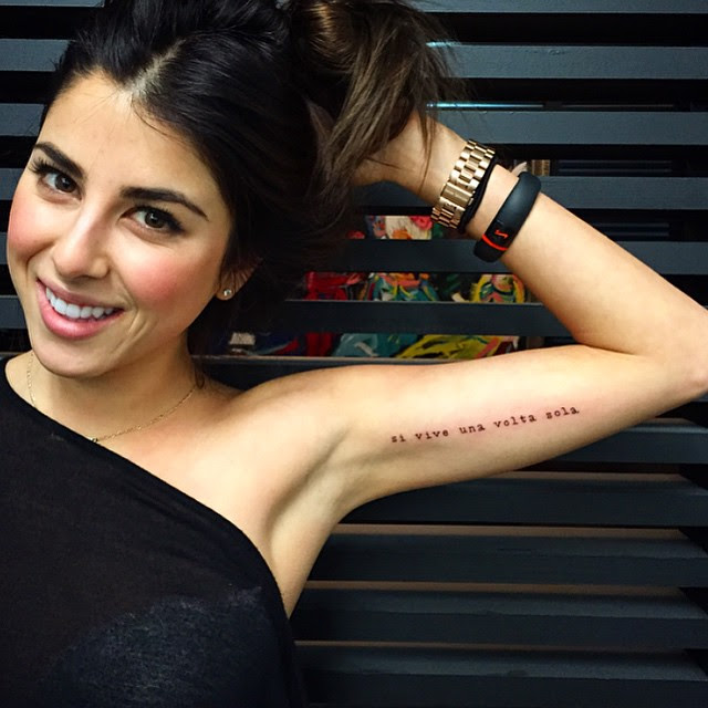 Si Vive Una Volta Sola You Only Live Once Best Tattoo Design Ideas
