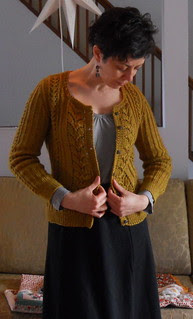 Agatha cardigan, adapted & complete