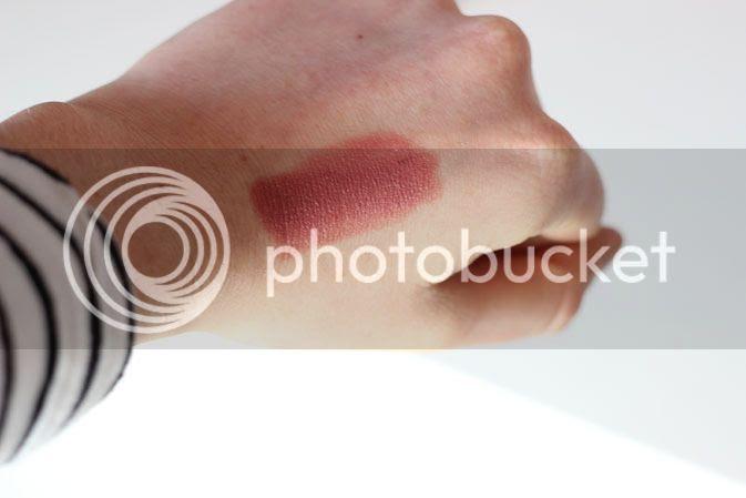 kylie jenner lipstick