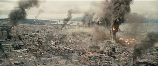 O filme vê devastação tomar a cidade como todo mundo luta para escapar dos efeitos do terremoto de magnitude 9