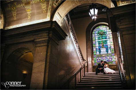 St Louis Library and Windows on Washington Wedding