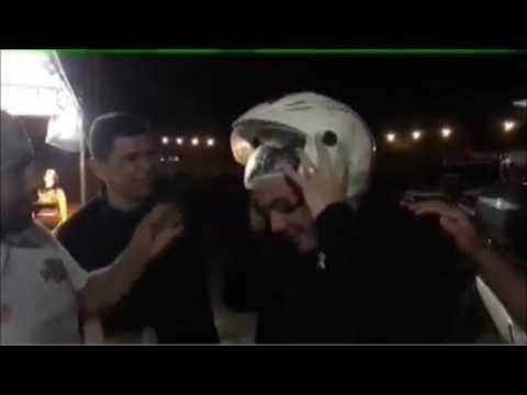 Wesley Safadão é levado em moto da Guarda Municipal até local de show no Agreste de Pernambuco
