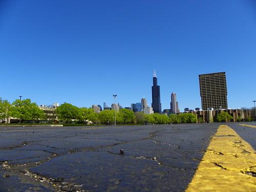 4.18.2010 sunday in Chicago (11) Willis Tower, UIC