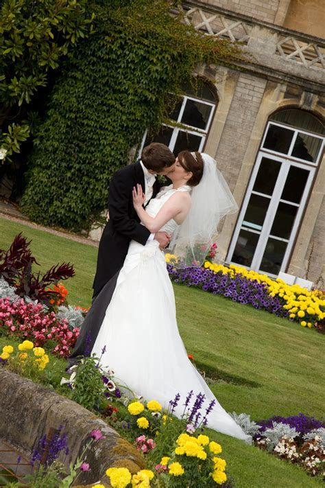 CHEAP WEDDING PHOTOGRAPHERS QUALITY PHOTOGRAPHY