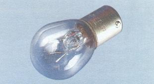 статья про замена ламп на автомобиле ВАЗ 2106