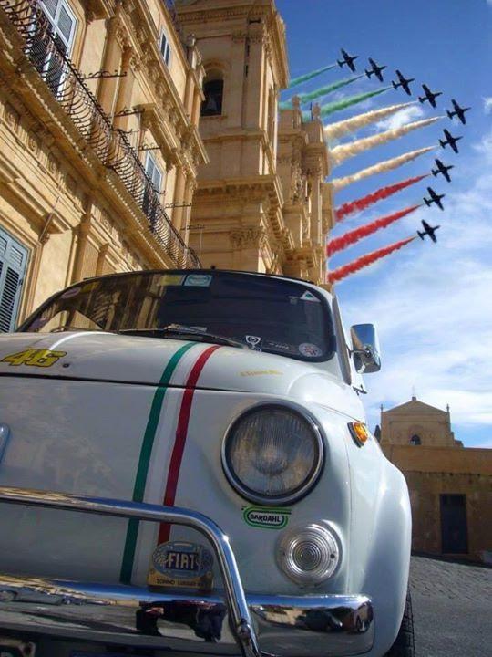 fiat500nelmondo:  Evviva l'Italia!!! http://ift.tt/1lxIEna http://ift.tt/1sh4nS8