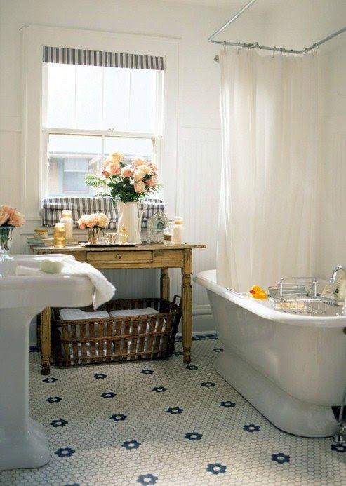 casacaudill: i hate my bathroom