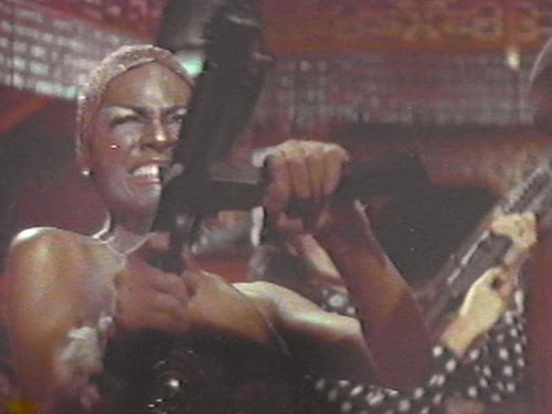Cleopatra_Jones_And_The_Casino_Of_Gold_12