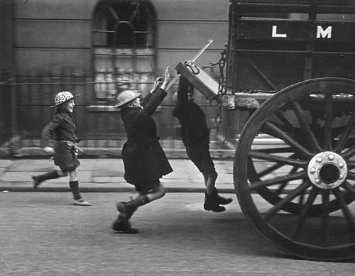Young boys hitch a ride, London, 1941, Picture Post.