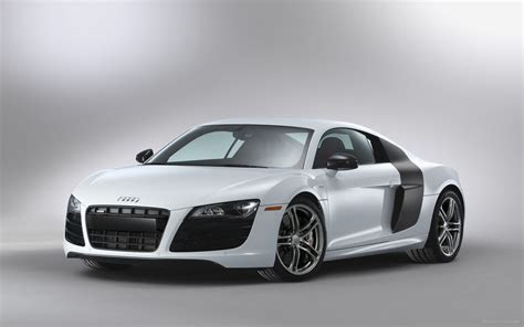Audi R8 V10 5 2 FSI Quattro 2012 Widescreen Exotic Car Wallpapers #14 of 36 : Diesel Station