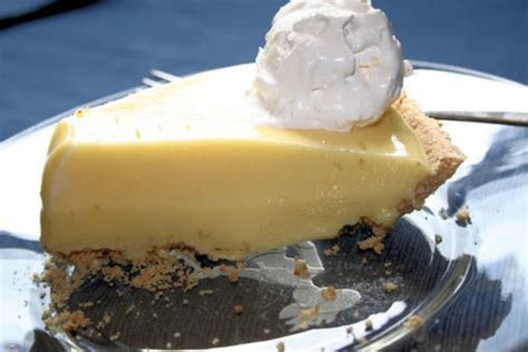 Vanilla Pudding Pie Recipe   Genius Kitchen