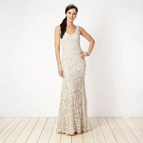 Ben de Lisi Occasionwear Designer ivory appliqued floral