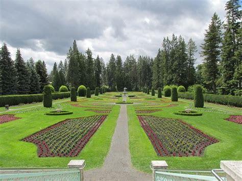 Spokane Botanical Gardens   Garden Ftempo