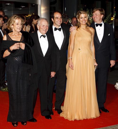 La Princesa con su marido, el príncipe Guillermo, sus padres, Jorge y María Zorreguieta, y su hermano Martín