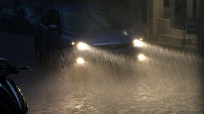 Πρέβεζα: Άνοιξαν οι ουρανοί, Πλημμύρισαν οι δρόμοι - φώτο αναγνώστη