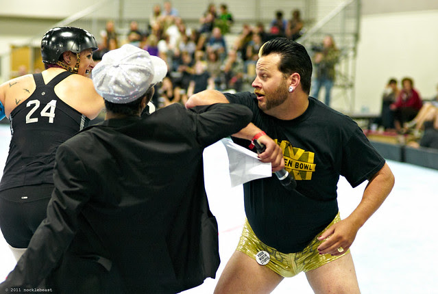 throwing elbows is illegal in roller derby