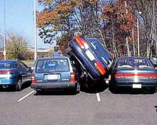 Καταστροφικά παρκαρίσματα (4)