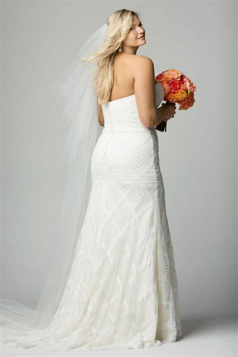 17 Best images about Wtoo Curve Plus Bridal by Watters on