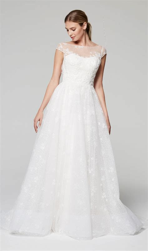 Illusion Neckline Cap Sleeve Lace Wedding Dress