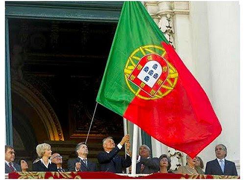 Bandeira invertida