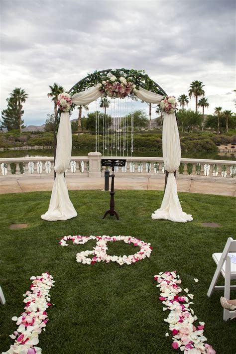 Las Vegas Wedding Planner, Siena Golf Club, draped arch