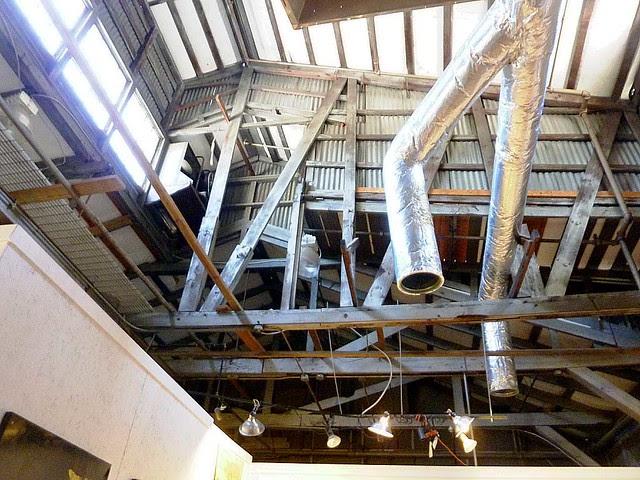 P1040634-2010-10-17-Helen-Durant-and-Corrina-Sephora-Mensoff-Show-Rafters