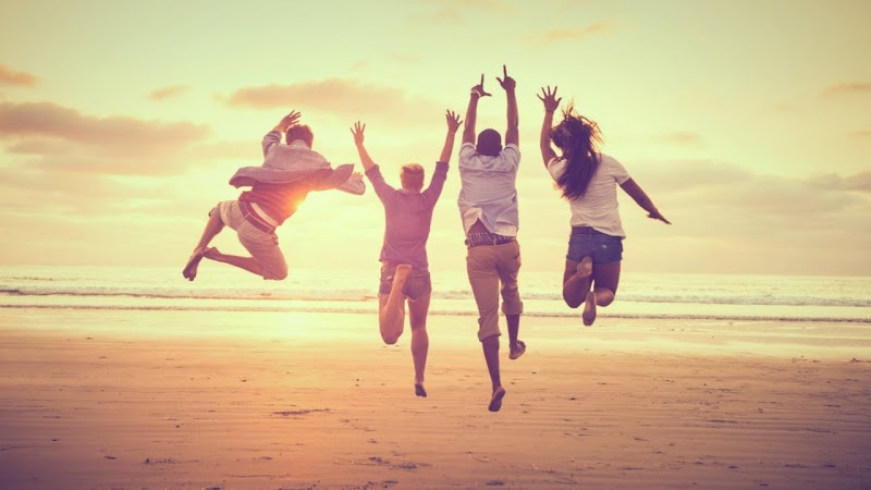 5 Simple Ways To Get And Stay Happy ( Happiness Hacks )
