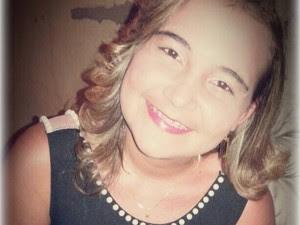 Jovem de 19 anos foi morta a tiros. (Foto: Reprodução/ Facebook)